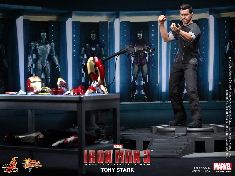 Geek Gifts: Hot Toys IRON MAN 3 Tony Stark Figure