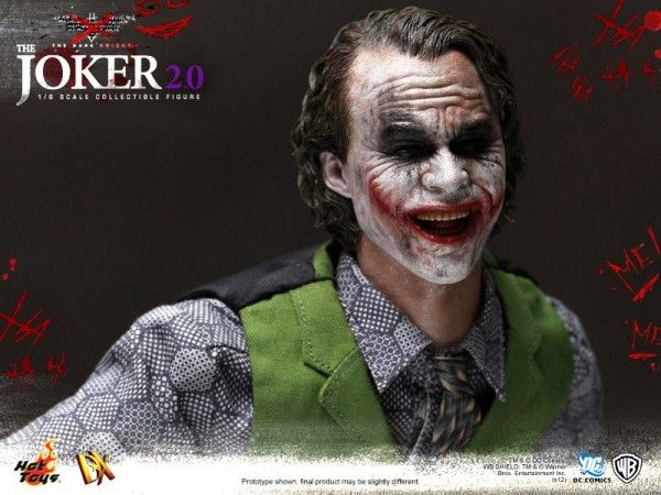 hot-toys-joker-the-dark-knight-heath-ledger-figure (12)