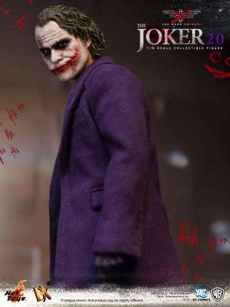 hot-toys-joker-the-dark-knight-heath-ledger-figure (15)