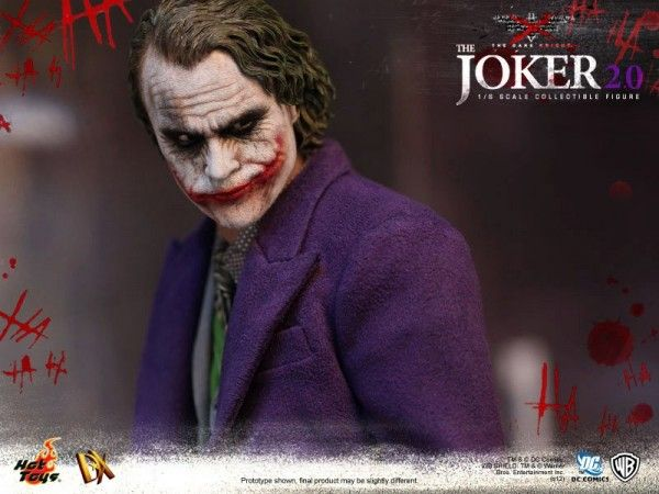 hot-toys-joker-the-dark-knight-heath-ledger-figure (18)