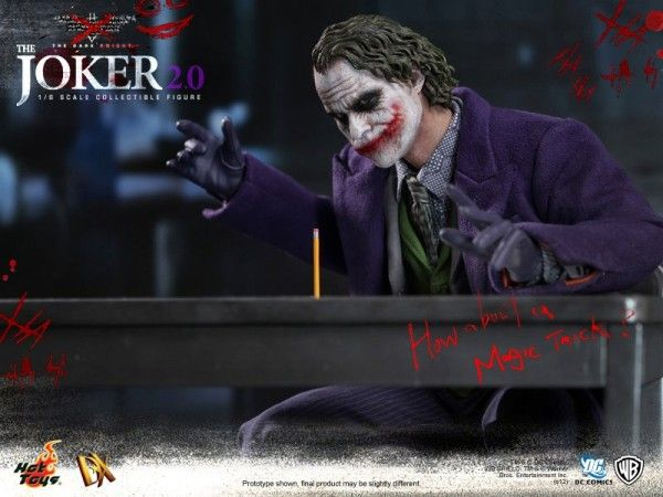 hot-toys-joker-the-dark-knight-heath-ledger-figure (2)