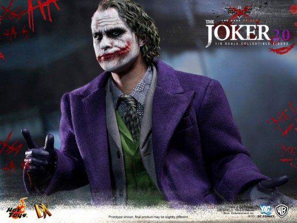 hot-toys-joker-the-dark-knight-heath-ledger-figure (22)