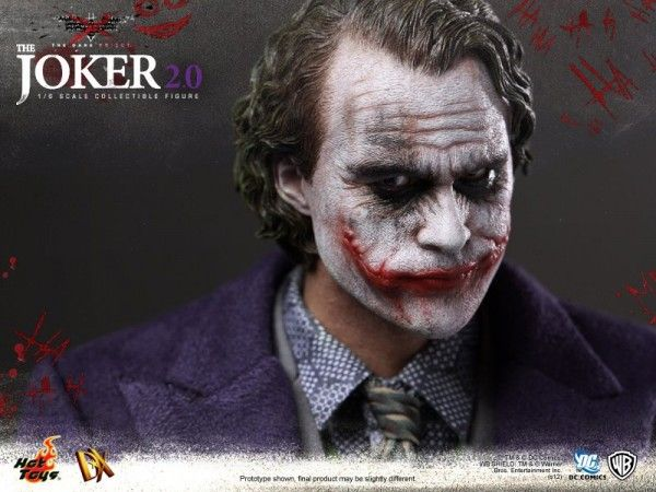hot-toys-joker-the-dark-knight-heath-ledger-figure (5)