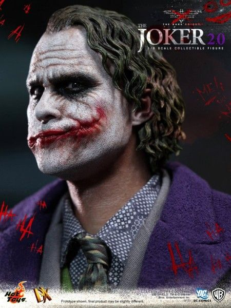 hot-toys-joker-the-dark-knight-heath-ledger-figure (6)