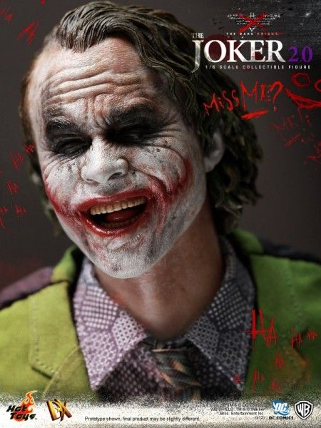 hot-toys-joker-the-dark-knight-heath-ledger-figure (9)
