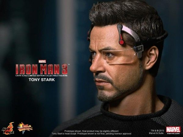 hot-toys-tony-stark-figure