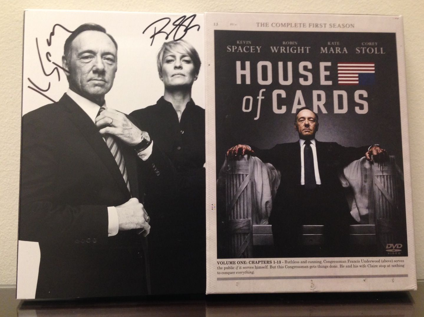 Win Signed Copies Of House Of Cards On Dvd And Blu Ray Collider