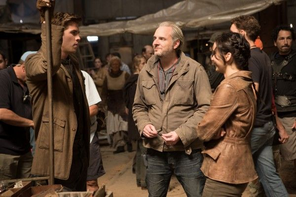 hunger-games-catching-fire-francis-lawrence-liam-hemsworth