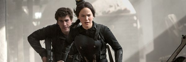hunger-games-mockingjay-part-1-jennifer-lawrence-liam-hemsworth