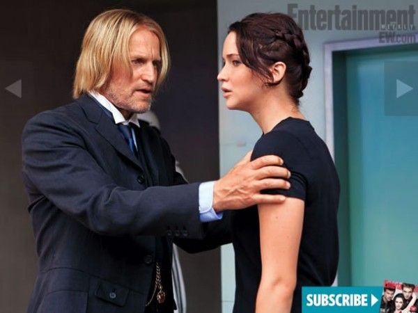 hunger-games-movie-image-woody-harrelson-jennifer-lawrence