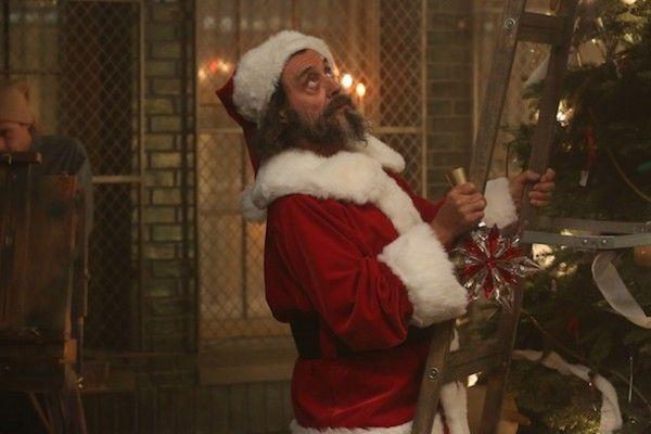 ian-mcshane-santa-claus