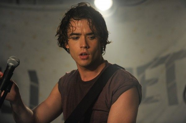 if-i-stay-jamie-blackley-4