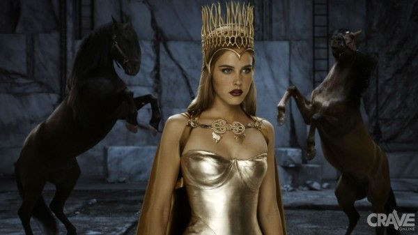 immortals-movie-image-isabel-lucas-01