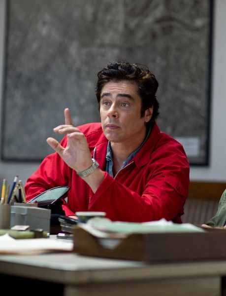 inherent-vice-benicio-del-toro