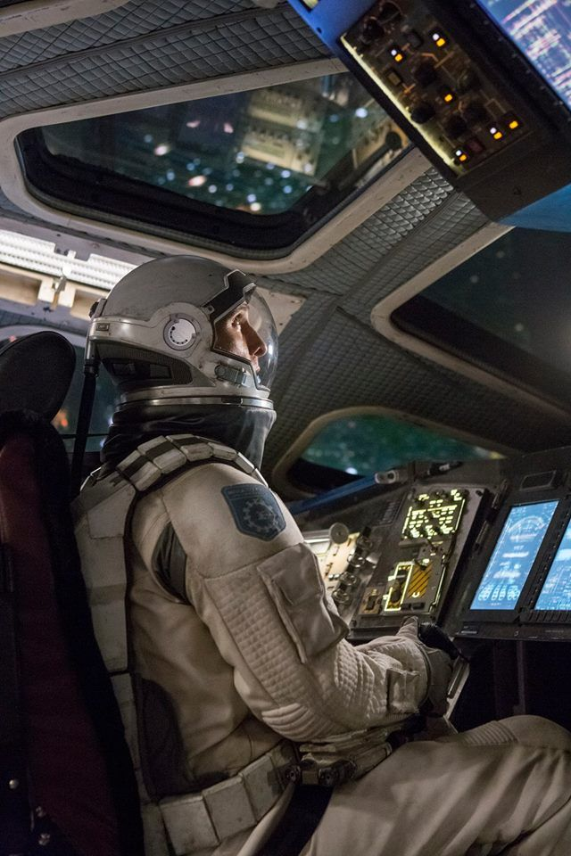 "Christopher Nolan and Cast Talk Interstellar, ""Manly Man ..."