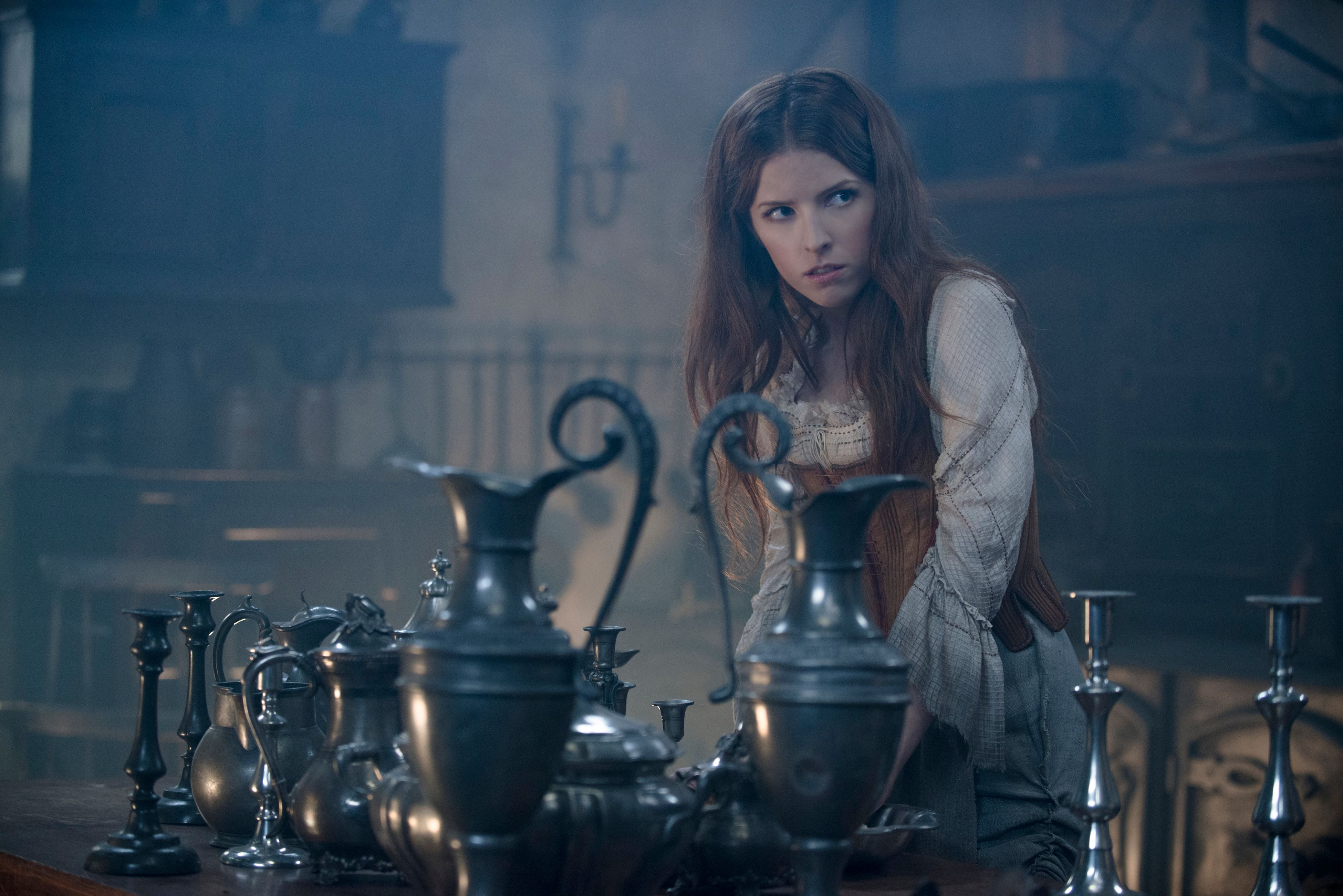 Into the Woods Interview with Emily Blunt, Anna Kendrick ...