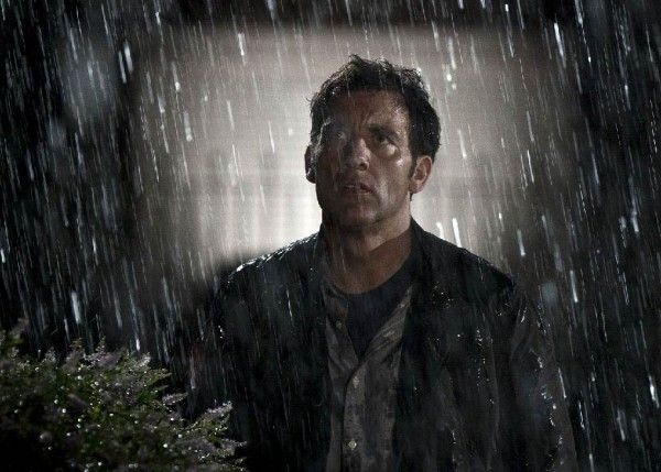 intruders-movie-image-clive-owen-01