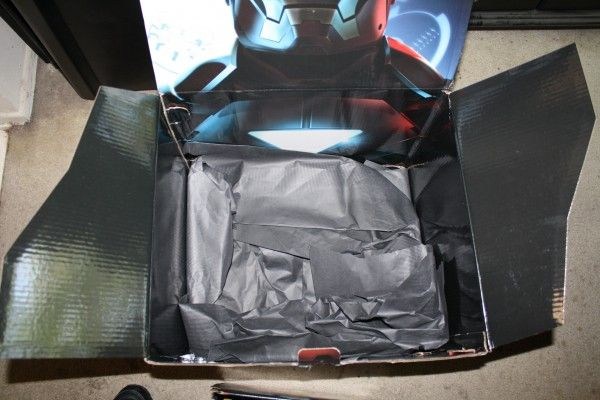 iron-man-2-box-from-hasbro-4