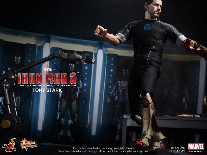 Hot Toys IRON MAN 3 Tony Stark Figure | Collider