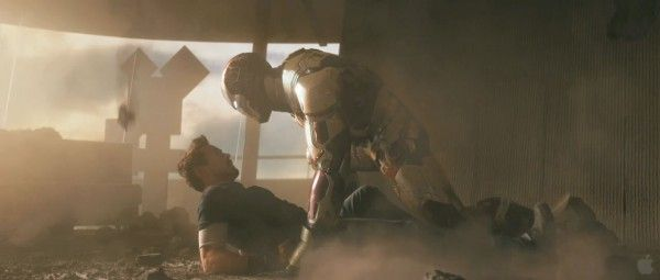 iron-man-3-robert-downey-jr-armor