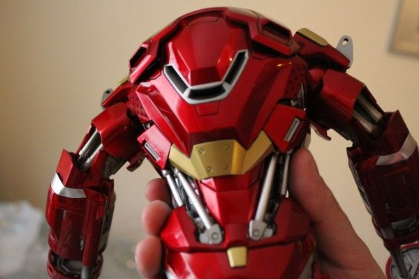 iron-man-hot-toys-red-snapper-figure-33