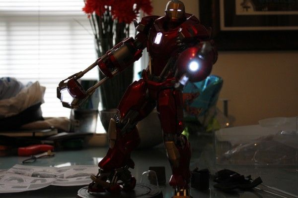 iron-man-hot-toys-red-snapper-figure-41