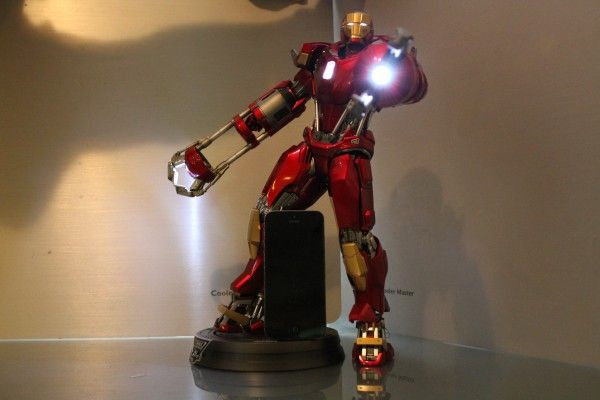 iron-man-hot-toys-red-snapper-figure-44