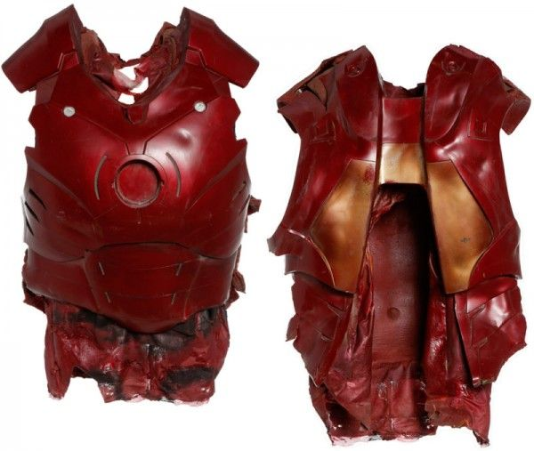 iron-man-memorabilia-mark-3-torso-battle-damaged-01