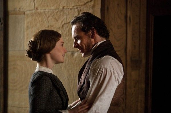 jane-eyre-movie-image-mia-wasikowska-michael-fassbender-01