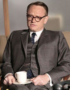 jared-harris-mad-men-image-2
