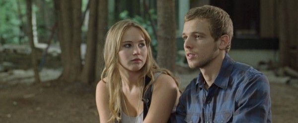 jennifer-lawrence-max-thieriot-house-and-the-end-of-the-street-image