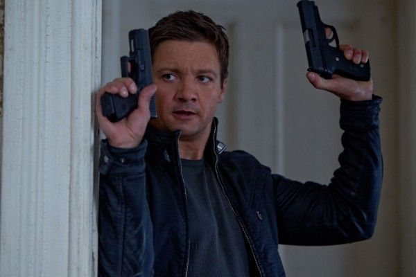 jeremy-renner-the-bourne-legacy-2