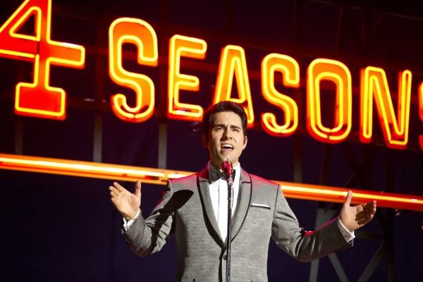 jersey-boys-john-lloyd-young