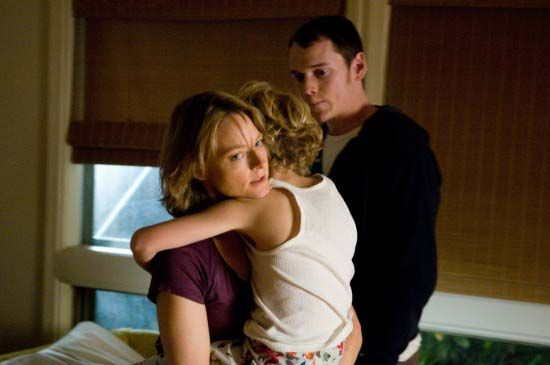 jodie-foster-anton-yelchin-the-beaver-movie-image