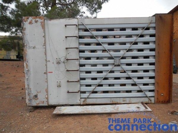 jurassic-park-raptor-cage-1
