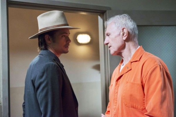 justified-decoy-timothy-olyphant