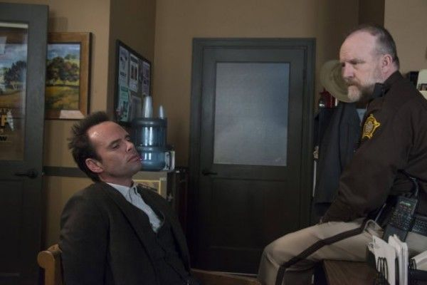 justified-foot-chase-walton-goggins