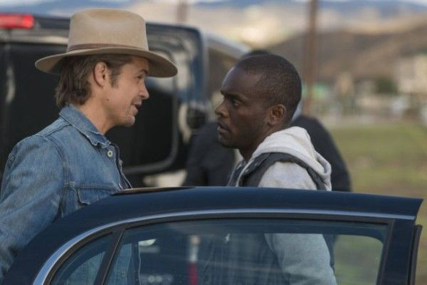 justified-money-trap-timothy-olyphant-chris-chalk