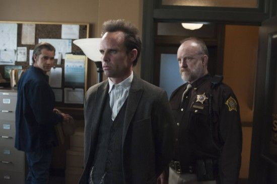 justified-timothy-olyphant-walton-goggins