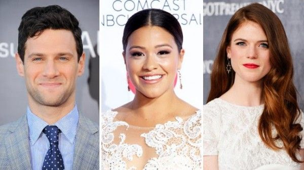 justin-bartha-gina-rodriguez-rose-leslie-sticky-notes