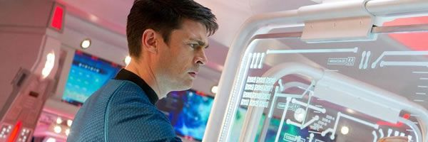 karl-urban-star-trek-into-darkness-slice