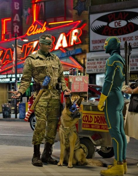 kick-ass-2-jim-carrey-aaron-johnson