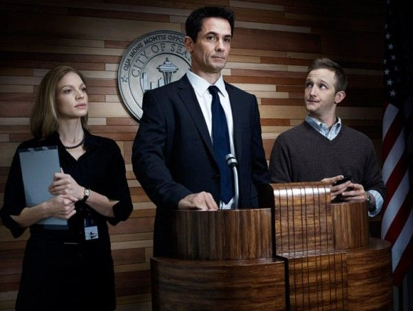 killing-tv-show-image-eric-laden-kristen-lehman-billy-campbell-1