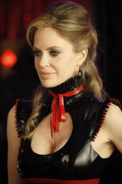 kristin-bauer-van-straten-true-blood-image