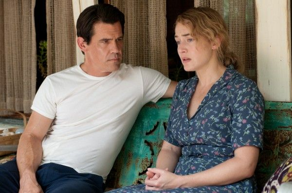 labor-day-josh-brolin-kate-winslet-4