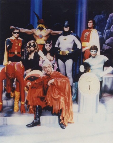legends_of_the_superheroes_movie_image_01