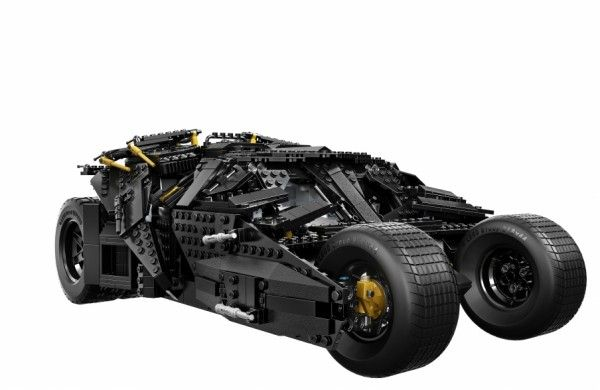 lego-batman-the-dark-knight-tumbler-batmobile-2