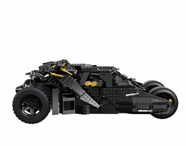 lego-batman-the-dark-knight-tumbler-batmobile-profile