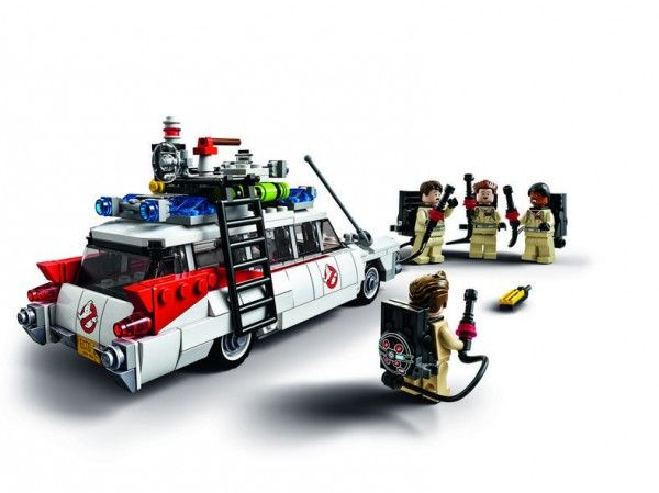 lego-ghostbusters-ecto-1-1