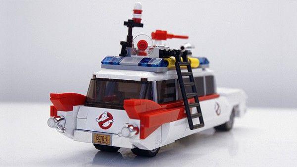 lego-ghostbusters-ecto-1-cuusoo-rear
